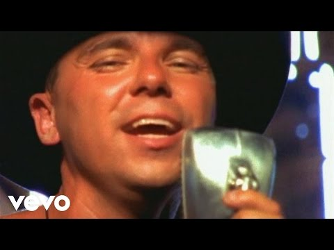 Kenny Chesney - She Thinks My Tractor's Sexy Video