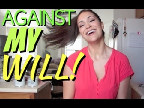 Julie Vlogs: Crafting Against My Will