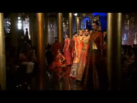 JJ Valaya at BMW INDIA BRIDAL FASHION WEEK IN ASSOCIATION WITH AZVA - 2014,  DELHI