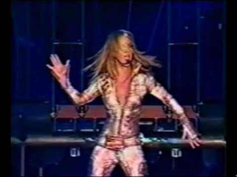 Britney Spears - Overprotected (live From Tokyo) video
