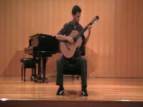 Tiago Brissos playing Romance Criollo, by Jorge Morel.wmv