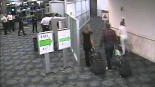 TSA  Twisting Genitals, Treating Kids as if they should be carrying weapons! Airport scanner