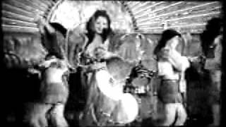 HMONGHOT.COM - رقص-چادر-توسط-هاله-نظري-شجرها ...