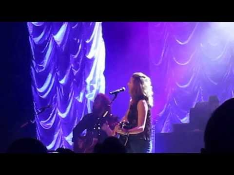 Jennifer Nettles - That Girl - Biloxi 2014 video