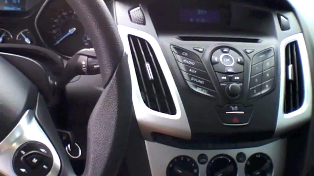 2012 Ford Focus Se Hatch Start Up  Quick Tour   U0026 Rev With