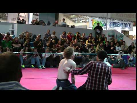 Gibbon @ ISPO 2011 - Official Video - Slackline Family