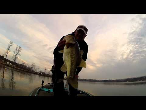 David Heptinstall and Brian Ward -Guntersville part 1 Feb 2012- GoPro Bass Fishing