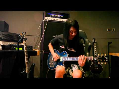 Mayzan plays Tsume Tsume Tsume (Marty Friedman / Maximum The Hormone cover) from Tokyo Jukebox