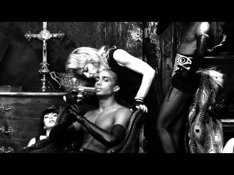 Madonna - Revolution