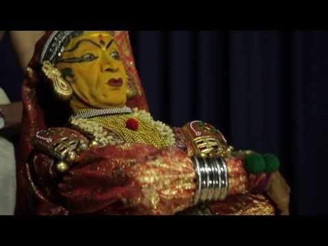 Travel India : Kathakali Dance Show - Kochi