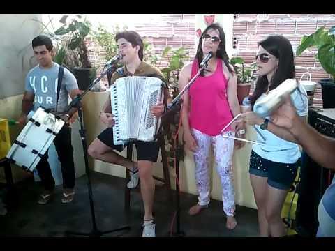 Rafael Inacio e turma tocando forro qualidade!  �guas-Belas Pernambuco
