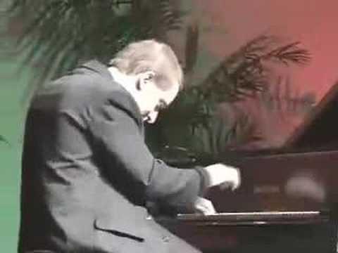Concert Pianist Simon Tedeschi performs Francaix