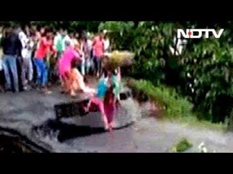 Shocking Video Captures Bridge Collapse in Bihar