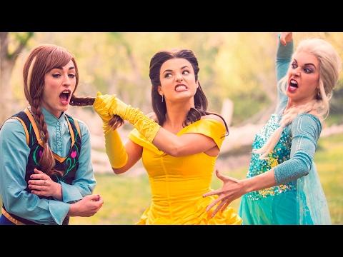 BEAUTY AND THE BEAST vs FROZEN DANCE BATTLE! // ScottDW - Bellsa