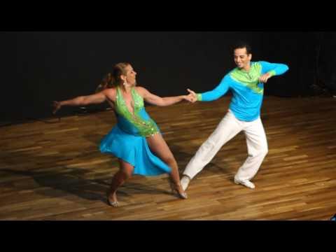 00023 DIZC2016 Renata and Jorge ~ video by Zouk Soul