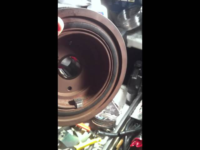 03 Discovery Crank Shaft Pulley seal replaced - YouTube