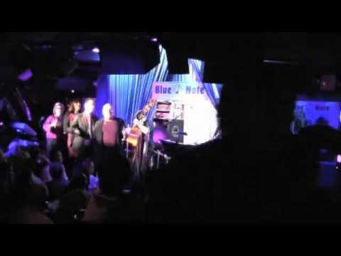 Manhattan Transfer - Sing A Study In Brown