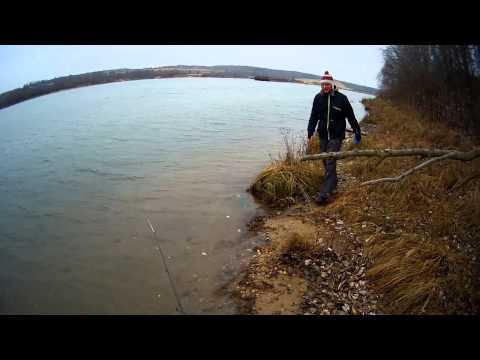 осенняя рыбалка на перекатах