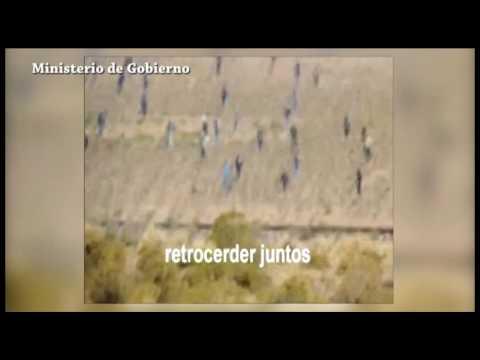 Un video muestra ataque de mineros a polic�as