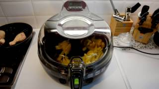 Tefal Actifry 2 in 1 frying chips and chicken