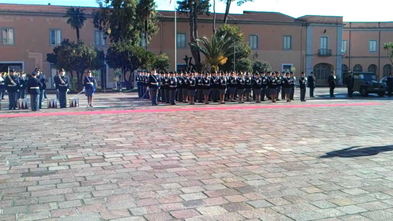 11 12 2012 giuramento 184 corso agenti di polizia scuola for Polizia di stato caserta permesso di soggiorno