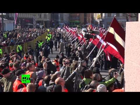 Un défilé d'anciens légionnaires SS à Riga a rassemblé quelques centaines de participants