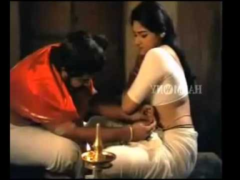 Hot Malayalam Actress Busty Aunty Navel Press Video video