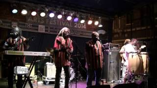 Sierra Leone's Refugee All Stars Video - Sierra Leone's Refugee All Stars - Chaimra