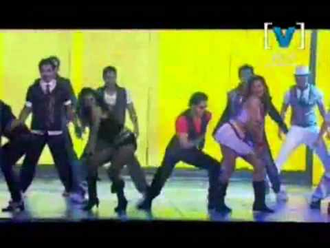 Shahrukh Khan performing Criminal ( From Ra.One)