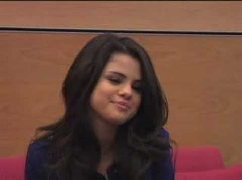 CosmoGirl! Chat with Selena Gomez