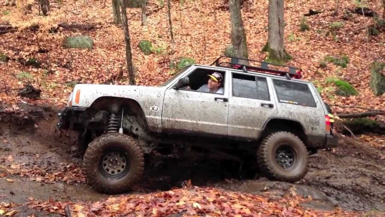 """Jeep Cherokee Off Road >> 2000 Jeep Cherokee 4.5"""" RC Offroading in Minden, Ontario - YouTube"""