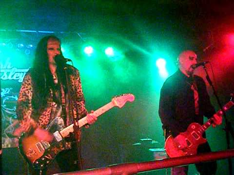 Devilish Presley, The Shakers, Chinnerys, Southend, 13th March 11