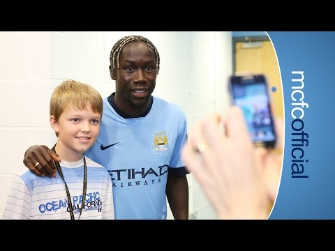 SURPRISE SURPRISE | Sagna joins fans on Etihad tour
