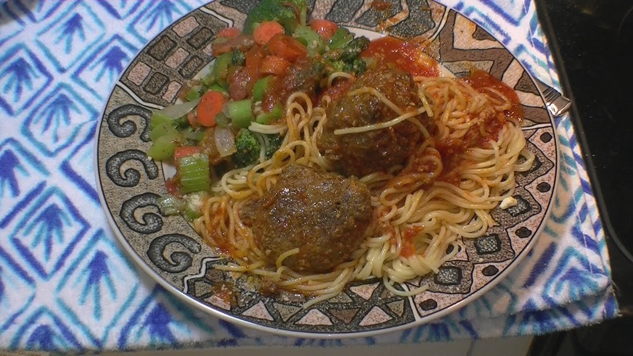 How to make Olive Garden Italian Meatballs With Spaghetti ...