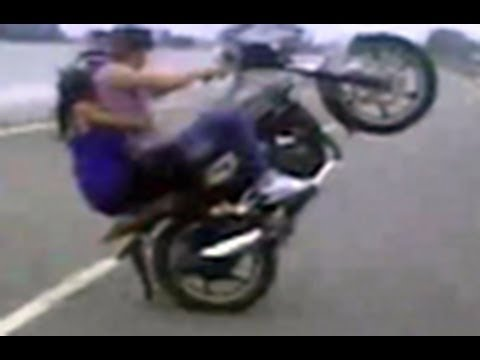 Bike Tricks Video dangerous bike stunts on