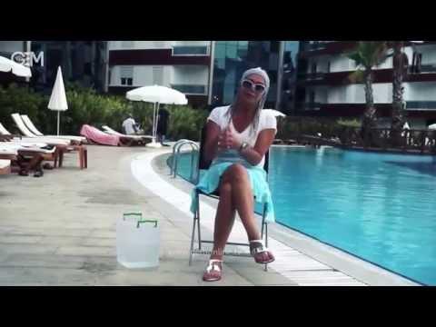 Shohreh In Ice Bucket Challenge als video