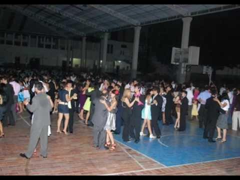 Orquesta La Revelación - Homenaje a La Salsa Colombiana.wmv