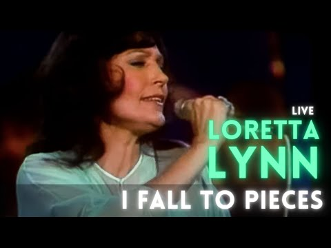 Loretta Lynn - I Fall To Pieces