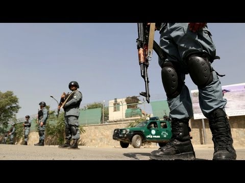 Taliban attack Kabul's presidential palace