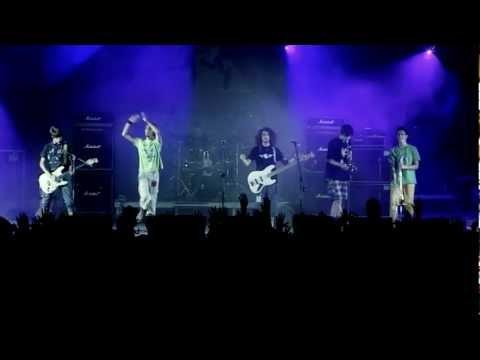 Barakiti Ska Band - Βυζιά LIVE @ SCHOOLWAVE 2012 (HD)