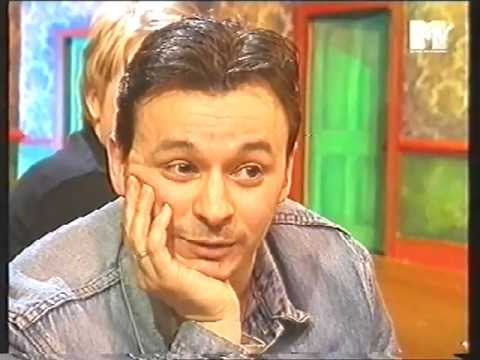 An Annoyed James Dean Bradfield - Mindless interview &#039;96