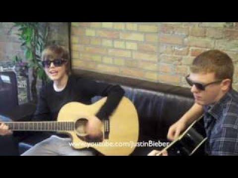 Justin Bieber - Favourite Girl