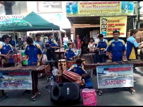 ArumbAcoustic Gumiwang | Car Free Day | Misiion Impossible (Arr. Gumiwang)
