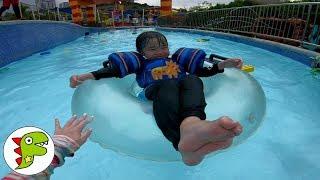 LEGOLAND おでかけ マレーシア レゴランドのプールでみずあそび! トイキッズ