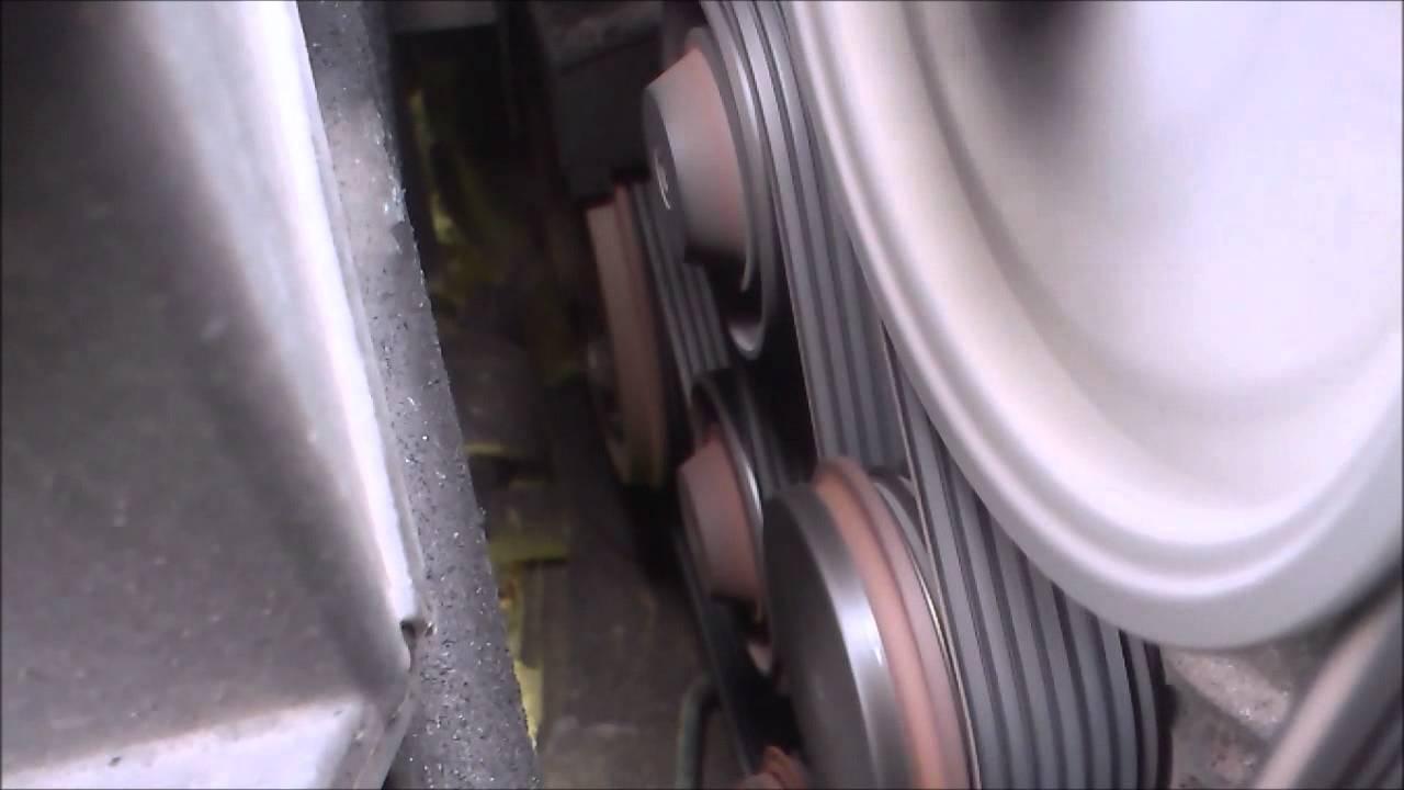 Volvo V70 D5 - strange noise from auxiliary belt - YouTube