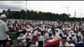 Bela islam jilid lll suasana sebelah kiri tugu monas