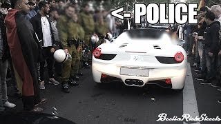 FERRARI 458 SPIDER - HARDCORE REVS BESIDE POLICE