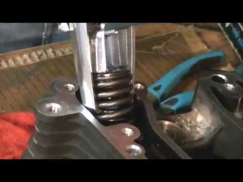 HARLEY Evo Engine Valve Seal Repair   1200S Sportster
