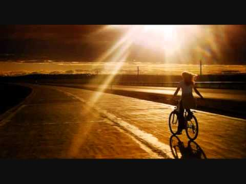 Ben Harper - Shes Only Happy In The Sun
