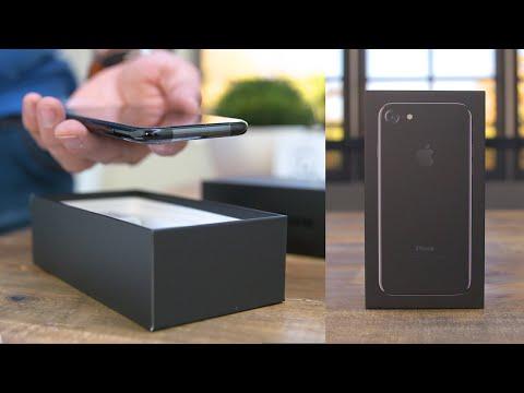 iPhone 7 Unboxing! (Jet Black)